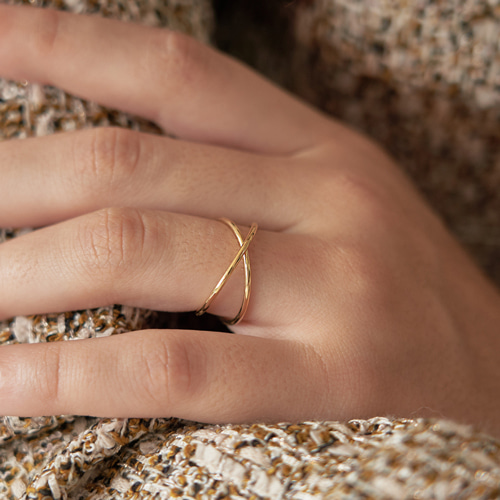 #831 RING [GOLD]