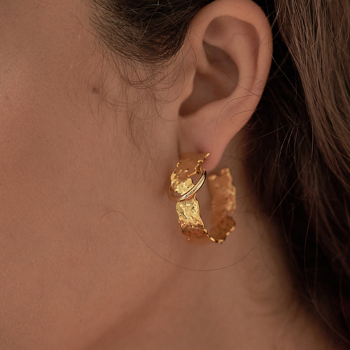 #808 EARRINGS [GOLD]